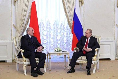 РФдаст республики Белоруссии 1 млрд долларов вкредит