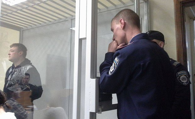 Виктор Шаповалов во время зачедания суда