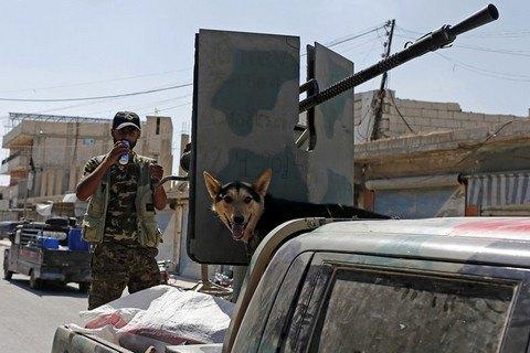 Сирійські повстанці відвоювали в ІДІЛ половину Ракка
