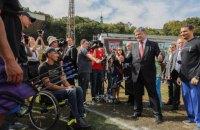 """Порошенко підтримає українську збірну на """"Іграх нескорених"""" в Торонто"""