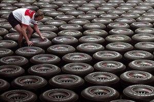 Производителей и импортеров шин обяжут отчислять на их утилизацию 3-5% от цены