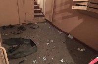В подъезде многоэтажки в Днепровском районе Киева произошел взрыв (обновлено)
