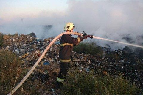 На несанкционированной свалке в Николаевской области произошел пожар