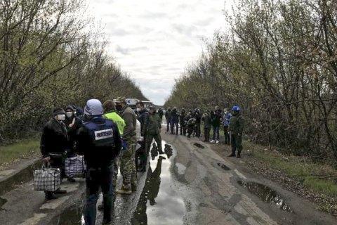 Боевики на Донбассе передали Украине списки для обмена удерживаемых лиц