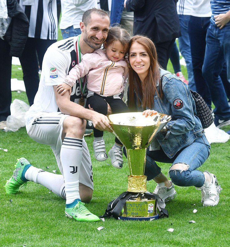 Chiellini with his wife Caroline Bonistalli and his daughter