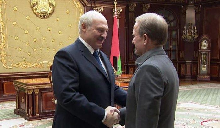Александр Лукашенко встретился с Виктором Медведчуком в Минске 14 января 2019.