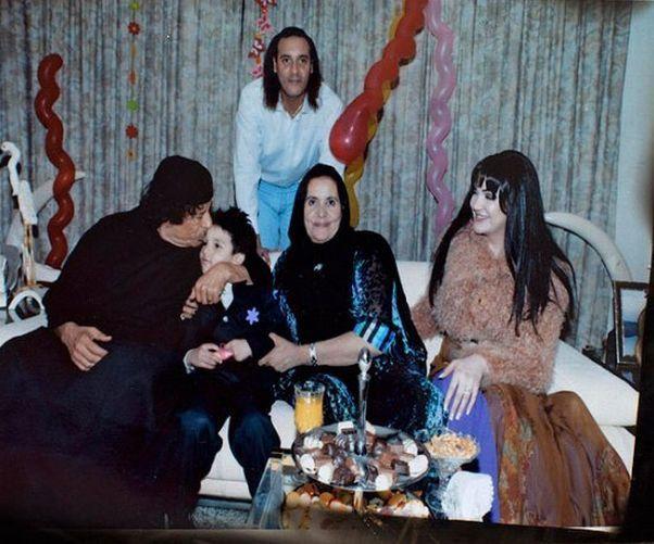 Полковник Муаммар Каддафи, его сын Ганнибал, жена Сафия Фаркаш и другие