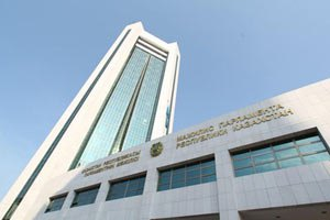 Правительство Казахстана усиливает роль транспортного сектора