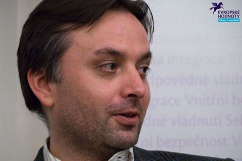 Путин будет протягивать в Кабмин Украины пророссийские силы, - чешский эксперт