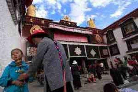 Тибет має намір спростити умови відвідування регіону іноземцями