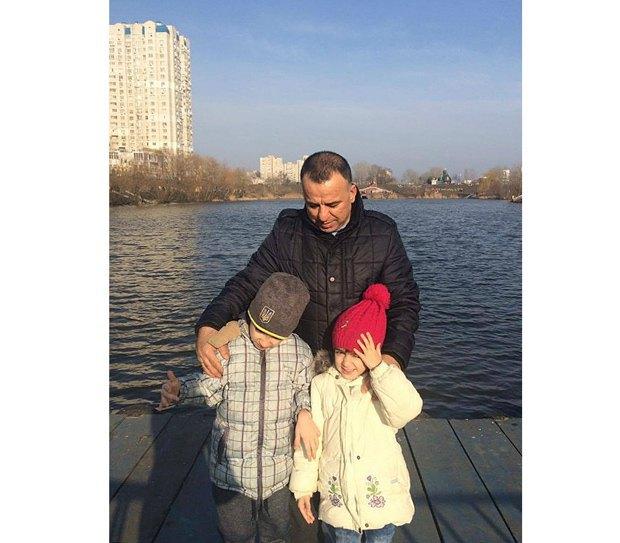 Кабир Мохаммад и его дети