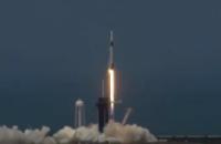 SpaceX з другої спроби відправила астронавтів у космос на Сrew Dragon (пряма трансляція)
