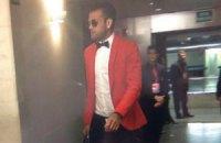 """Алвес прибув на матч із """"Баварією"""" в червоній маринарці і шортах"""