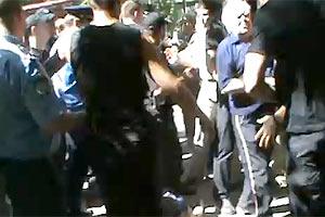 На донецкой стройке сына Януковича бьют людей