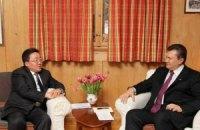 Львов воодушевил президента Монголии на демократию