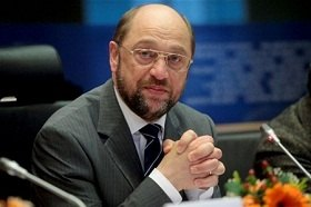 """ПР: """"наш искренний друг Мартин Шульц"""" будет более объективным к Украине"""