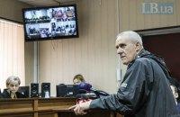 Розстріли на Інститутський: суд допитує родичів героя Небесної сотні Олексія Братушки