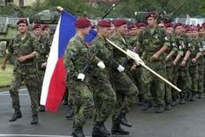 Чехія об'єднує армію зі Словаччиною