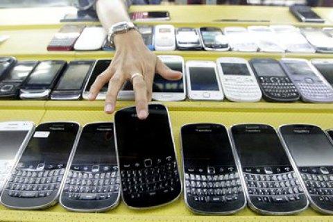 За 7 років витрати українців на телефони і комп'ютери виросли вдвічі