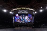 Драматично завершился в супертяжелом весе бой за четыре титула