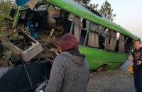 В тройном ДТП в Харьковской области пострадали 23 человека, в том числе 10 детей