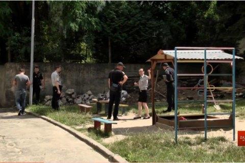 Во Львове во время ремонтных работ обрушилась стена детсада, погиб рабочий