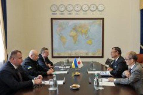 Турчинов і посол Японії обговорили ситуацію на Донбасі в контексті гібридної агресії РФ