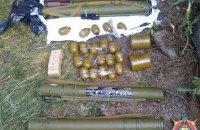 Милиция обнаружила склад оружия на линии разграничения в Луганской области
