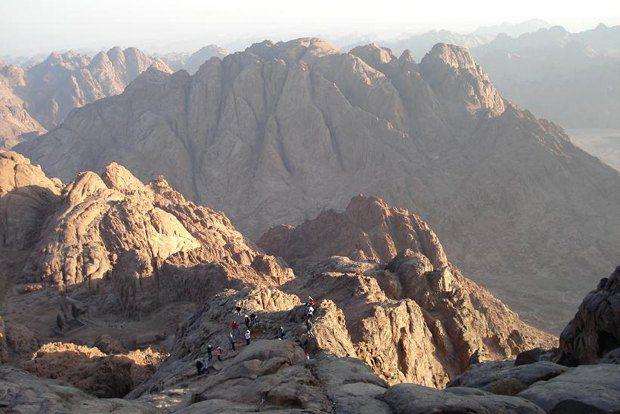 Поиски подлинной вершины Синай давно занимали умы многих исследователей Ближнего Востока