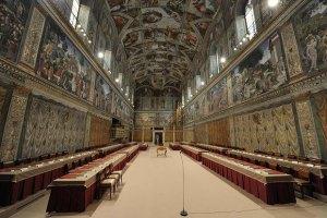 Папа Франциск разрешил провести корпоратив в Сикстинской капелле