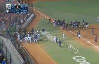 У матчі бейсбольної ліги Мексики сталася бійка команда на команду