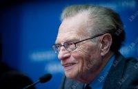 Ларри Кинг хочет взять интервью у Тимошенко