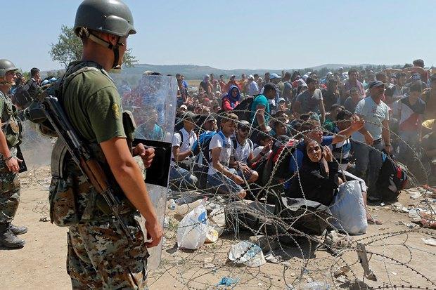 Беженцы на границе Македонии и Греции