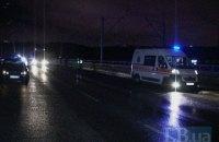 В Киеве на Дарницком мосту Opel сбил насмерть пешехода-нарушителя