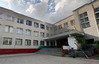 В днепровской школе первоклассник выпал из окна третьего этажа