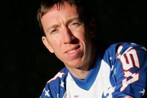 Чемпион мира по велоспорту разбился в аварии