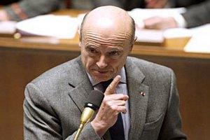 Франция предложила ввести в Сирию вооруженных наблюдателей