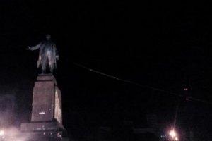 Полтавский губернатор обязал снести памятники Ленину до годовщины Голодомора