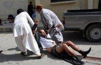 В Пакистане подорвали микроавтобус, есть погибшие