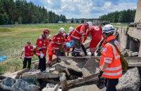 Красный Крест провел учения по эвакуации из ТРЦ в случае теракта