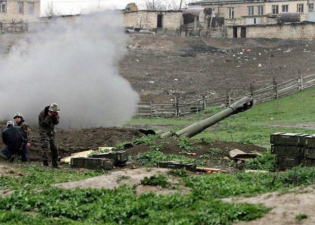 Вірменська артилерія в Мардакерті. 3.04.2016