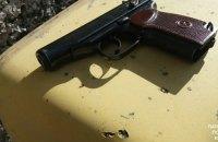 Поліція затримала мешканця Київщини за незаконний продаж зброї та набоїв