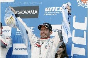 Аргентинcкий гонщик впервые со времен Фанхио выиграл чемпионат мира