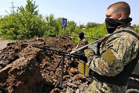 За минувшие сутки боевики трижды обстреляли позиции сил АТО