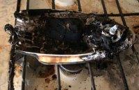 Житель Вышгорода до смерти замучил сожительницу горячим утюгом