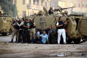 Операция против исламистов в пригороде Каира: убит один полицейский