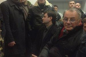 Судья выгнала из зала нардепа Яворивского
