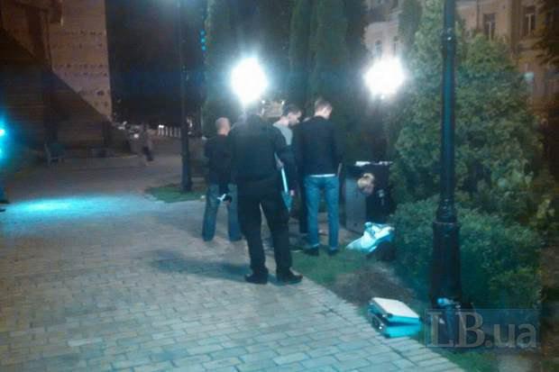 Вцентре столицы Украины наглазах усына зарезали участника АТО