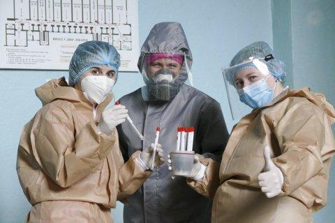 Количество инфицированных коронавирусом в Украине приближается к 60 000