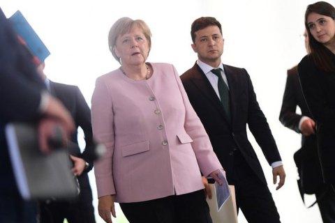 Меркель обігнала Лукашенка у рейтингу симпатій українців до світових лідерів